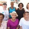 Gisèle Bourquin et le Dr Marie-Antoinette SÉJEA (association Nutricréole) entourées de sportives et de membre de l'association FAM.